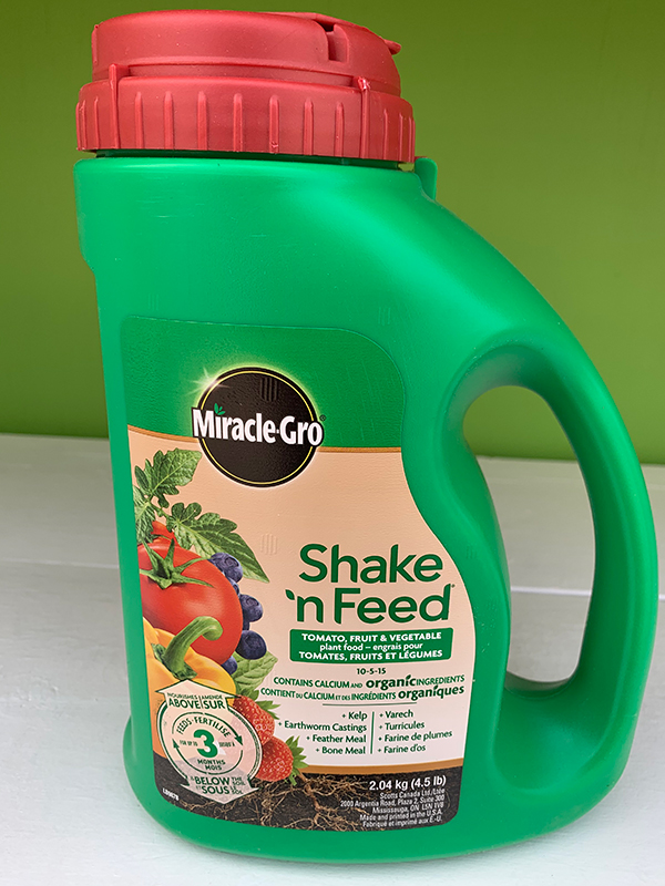 Miracle Gro Shake'N Feed Tomato